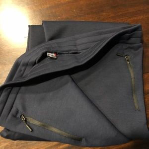 NWOT men 32 degrees joggers